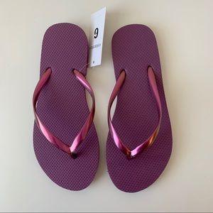 NWT Xhilaration purple metallic thong flip flops